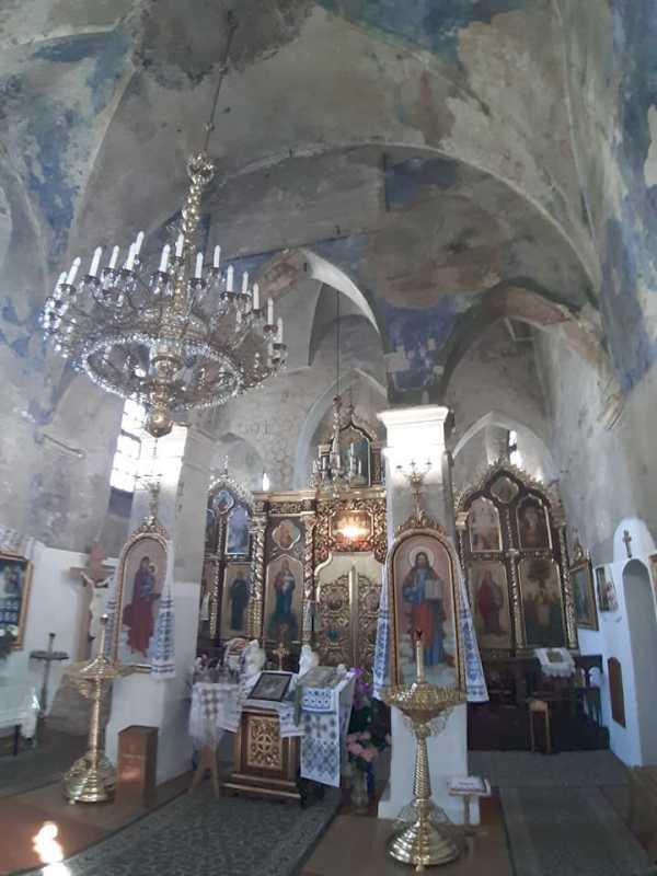 2019 р. Інтер'єр церкви з видом на…