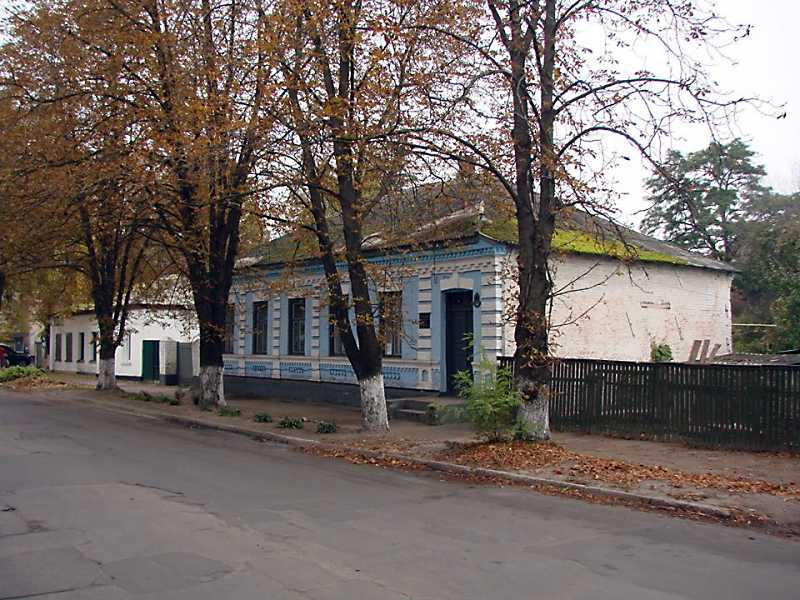 Краєзнавчий музей ім. М. Ф. Пономаренка.