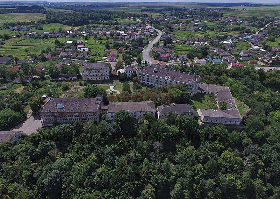 2018 р. Аерофотознімок замку з півдня