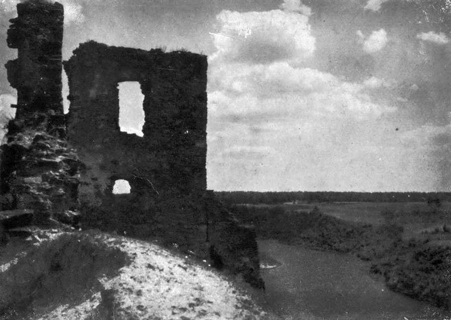 1950-і (?) рр. Башта. Вигляд із заходу