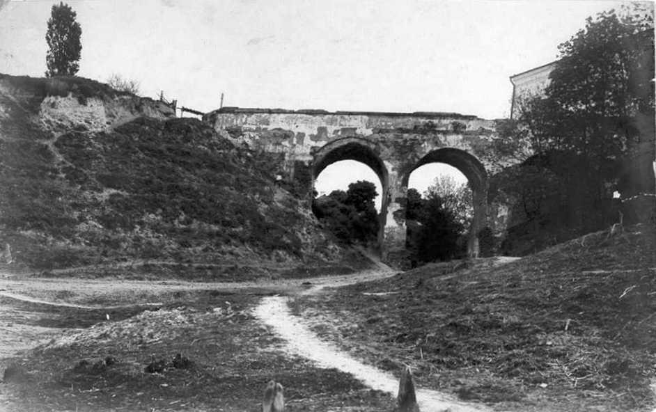 1950-і (?) рр. Міст. Вигляд із заходу