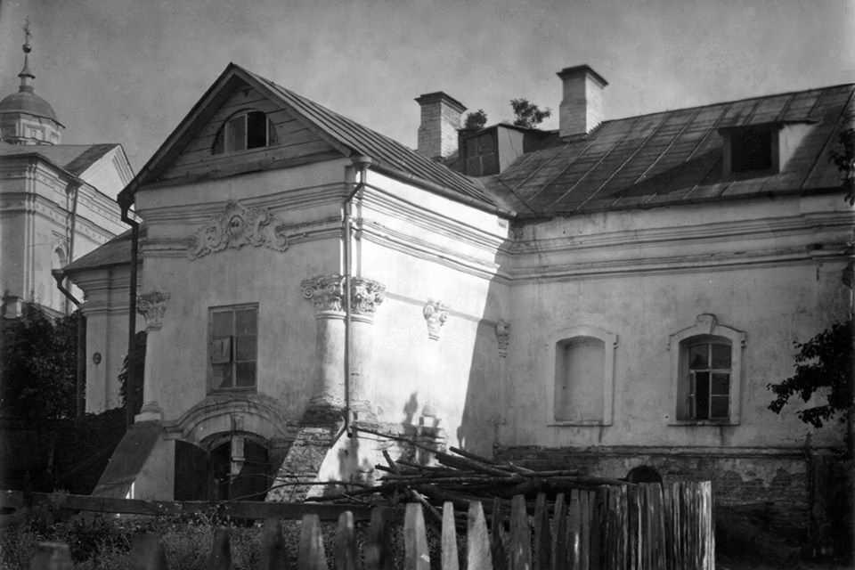 Корпус монастиря