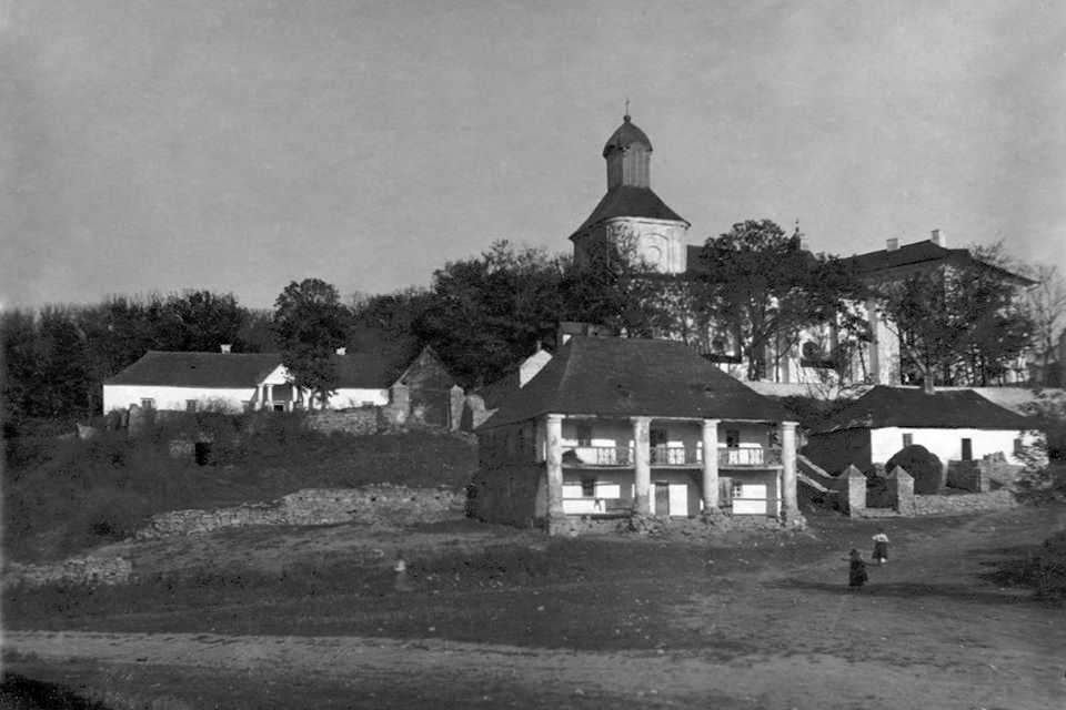 [1920-і рр.?] Панорама із костелом