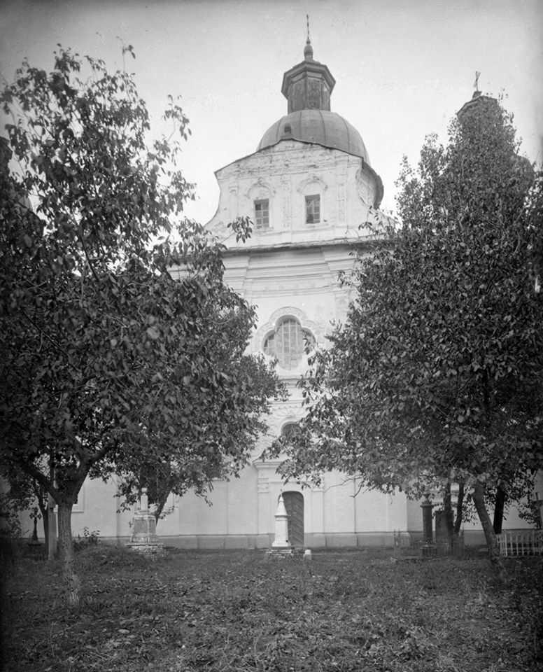 [1920-і рр.?] Фасад трансепту