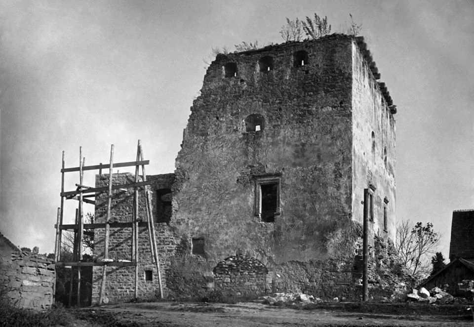 [1920-і рр.?] Бічний фасад