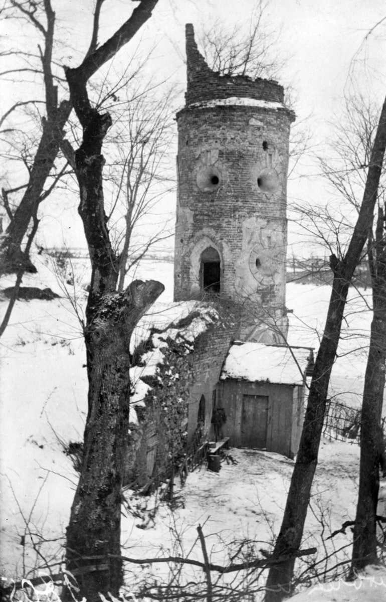 Псевдоготична вежа