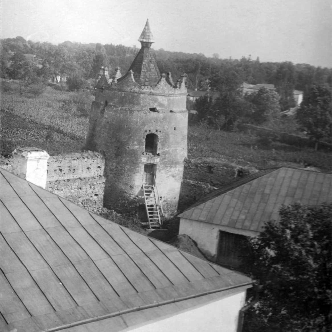 1920-і рр. (?) Загальний вигляд з даху…