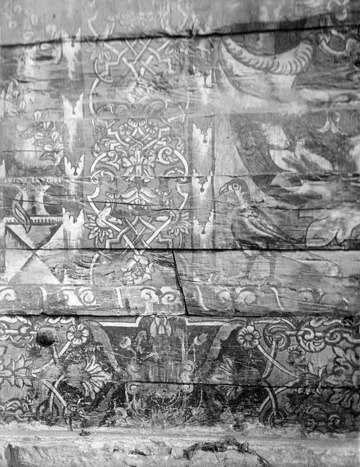 Фрагмент стінопису (орнамент; птах –…