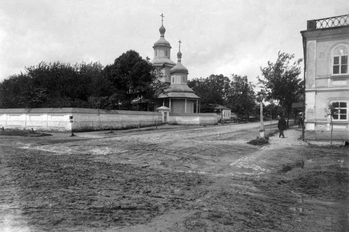 1917 р. Садиба церкви