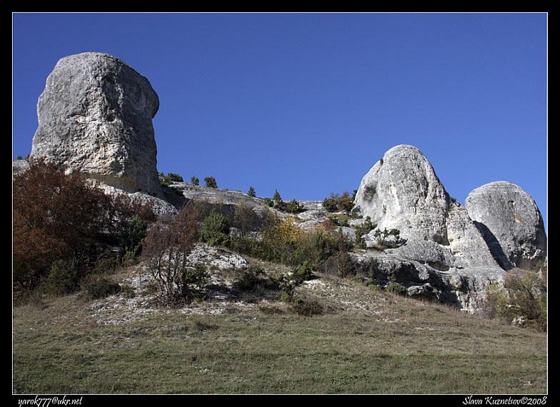 Скелі біля с.Красний Мак