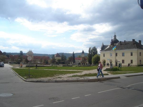 2008 р. Панорама площі в північного…