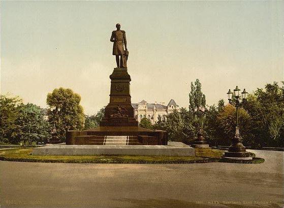 Пам'ятник імператору Миколі 1-у