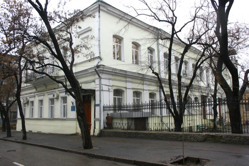 Будинок (провулок Нахімова, 8)