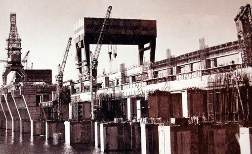 1960-і рр. Гребля у процесі будівництва
