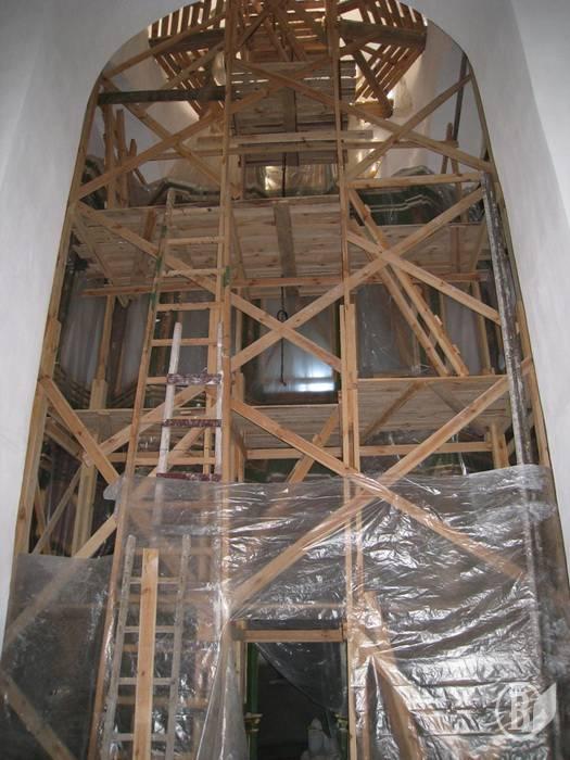 2009 р. Інтер'єр в процесі реставрації