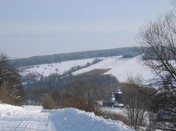 [2003..2006 р.] Краєвид з церквою з дороги на Білянку