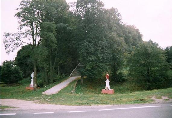 [2003..2006 р.] Горб, де була церква