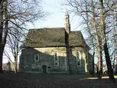 Kościół pw. Św. Zofii w Bobowej Kościół gotycki z XV w. Przez arian został zamieniony na stajnię.…