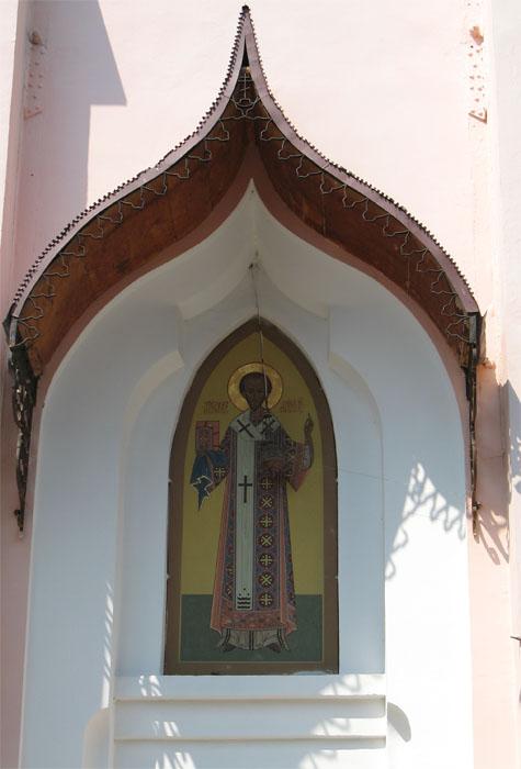 2007 р. Кіот з іконою Златоуста