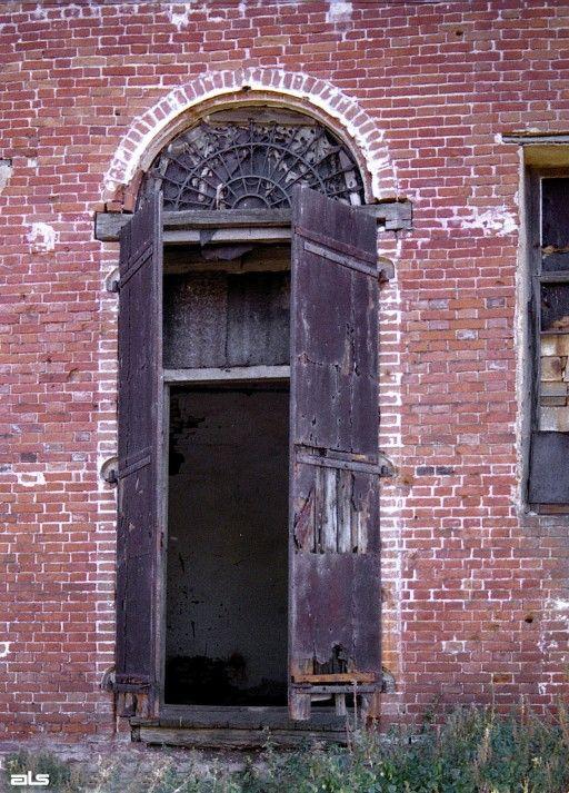 2006 р. Двері