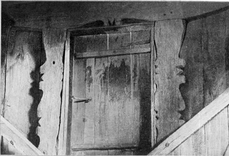 Вікно з середини в звіниці