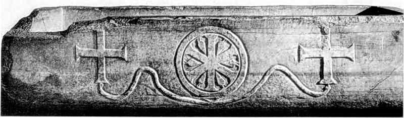 Різьблення мармурового саркофага