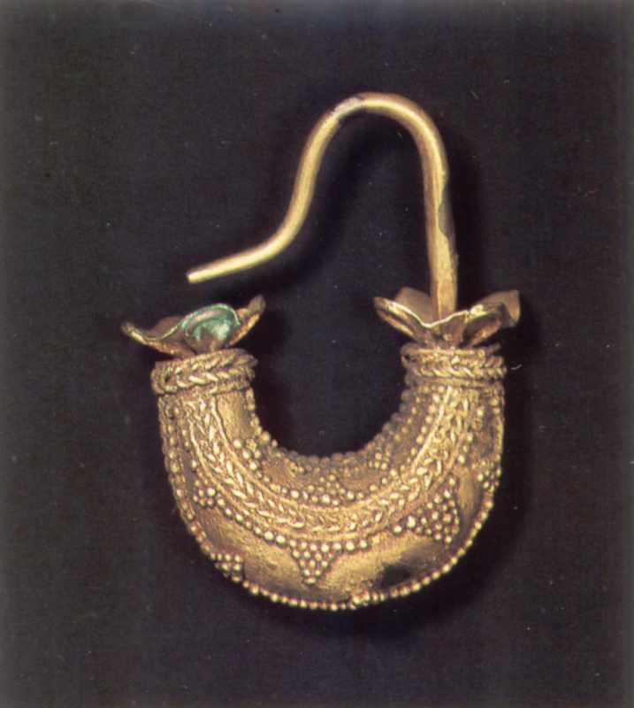 Сережка у формі човника