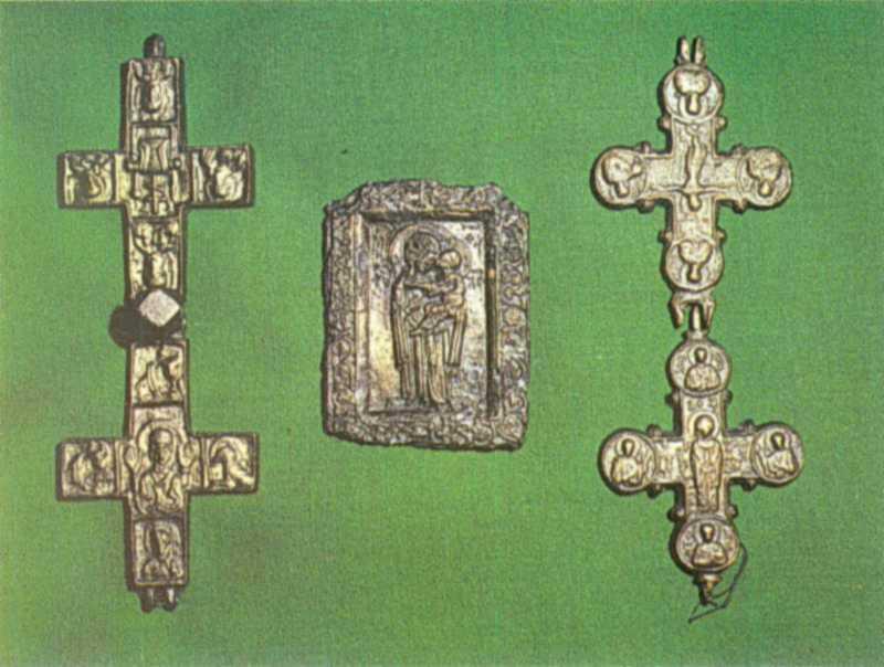 Хрести-енколпіони та іконка
