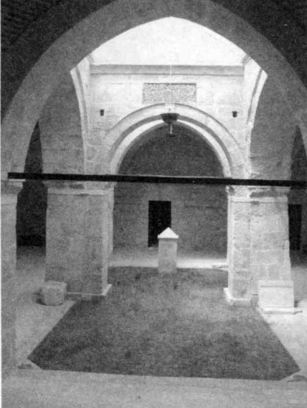 2011 р. Внутрішній дворик медресе