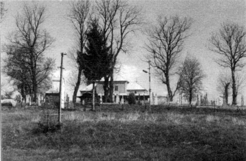 Церква і цвинтар у Підгайчиках