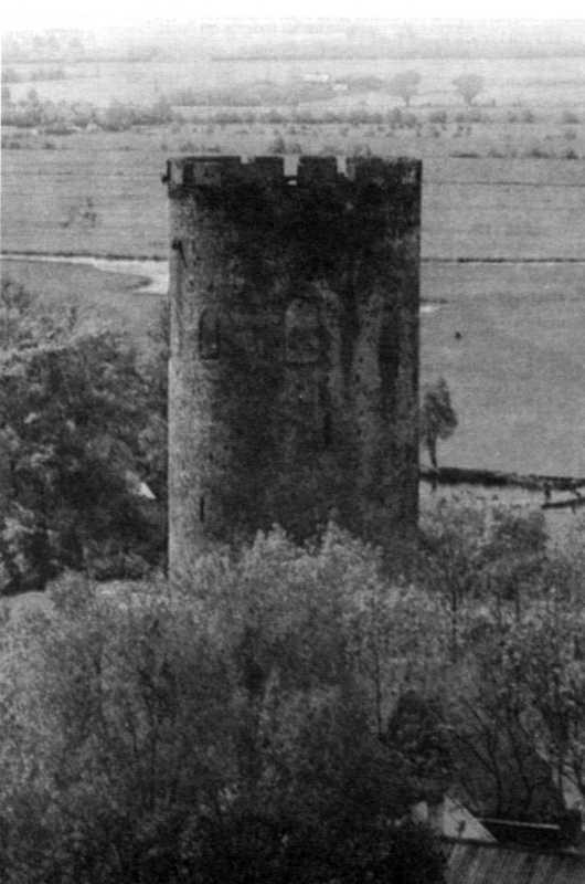 Біла вежа