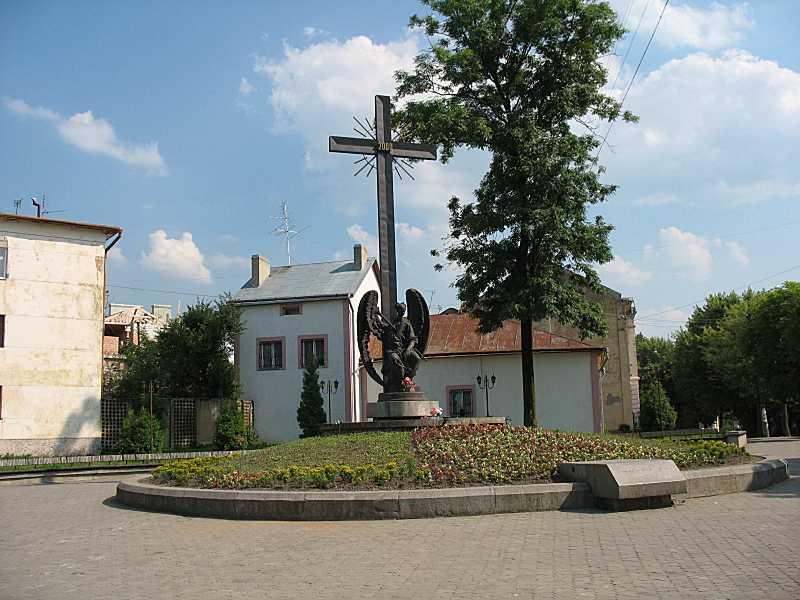 Пам'ятник 2000-ліття християнства (№ 33)
