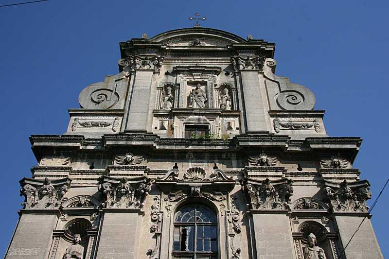 Верхня частина західного фасаду
