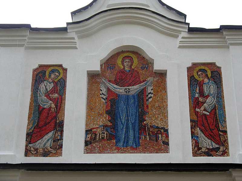 2008 р. Мозаїчний фронтон