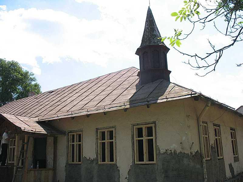 2011 р. Фрагмент фасаду з башточкою