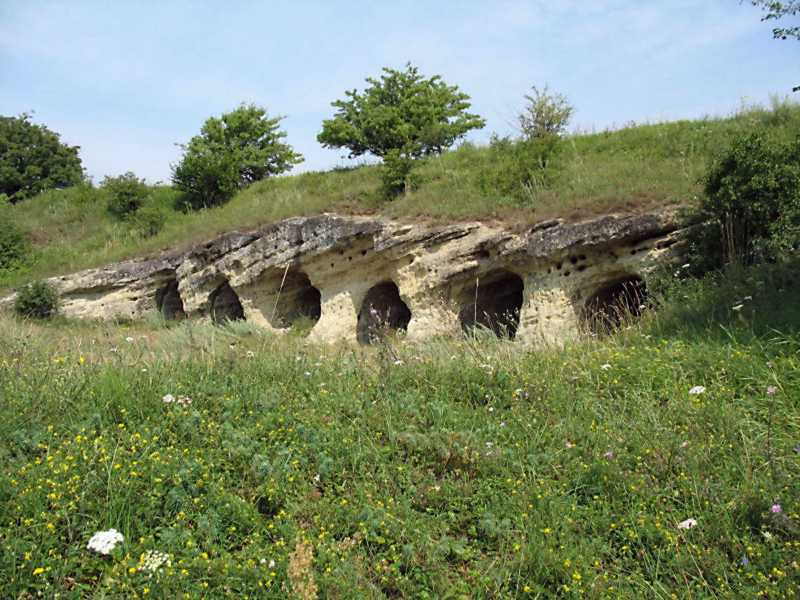 Печерні споруди