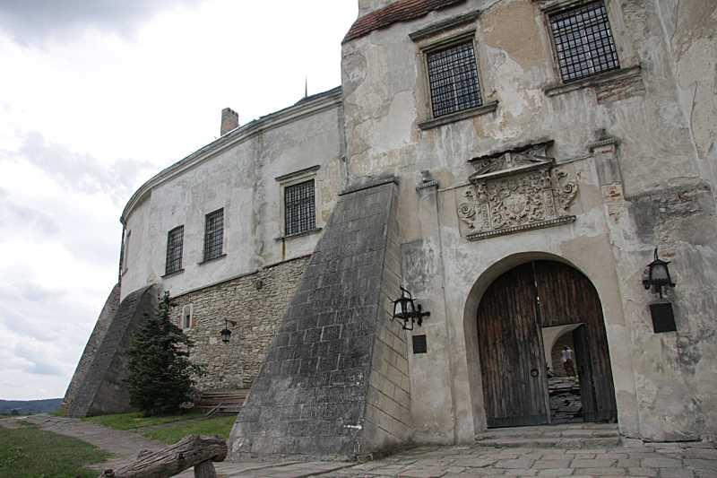 2008 р. Фрагмент східного фасаду з…