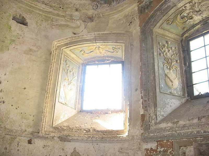 2003 р. Вікна в апсиді південної нави