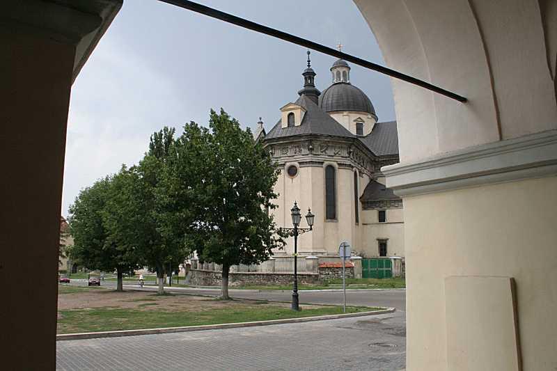 2006 р. Вид на костел св. Лаврентія з…