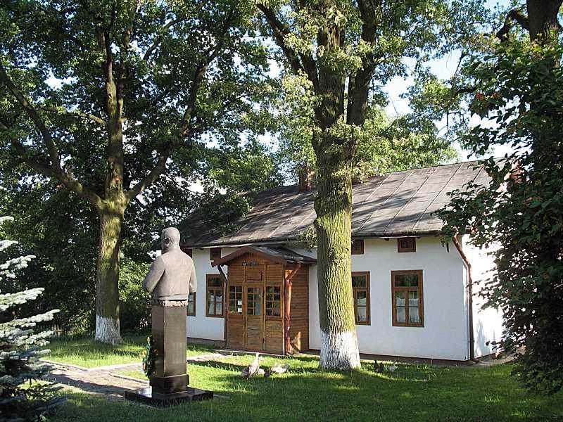 Музей Є. Коновальця
