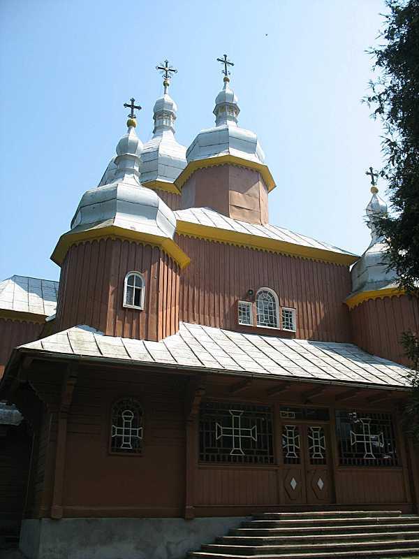 Центральна частина західного фасаду