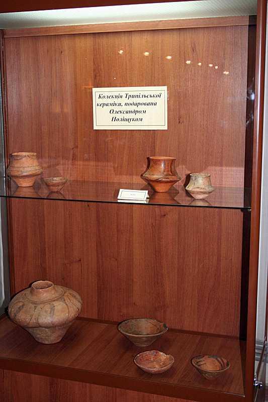 Колекція кераміки трипільської культури
