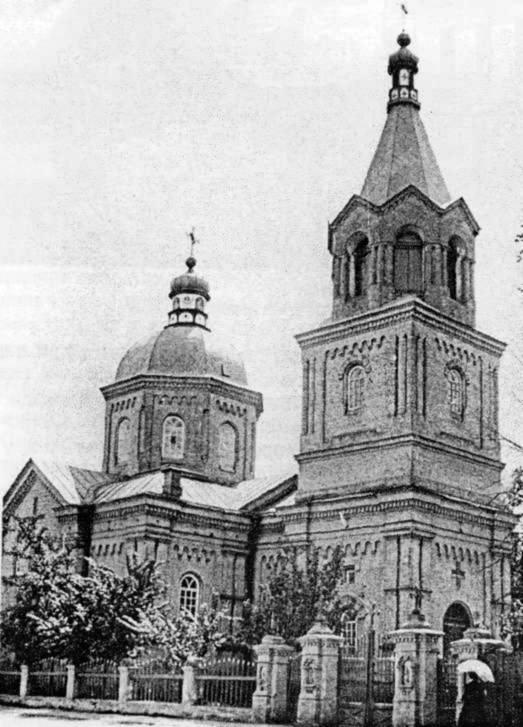 Іорданський жіночий монастир св. Миколи: на плані 1695 р. позначено дерев'яний собор св.Миколи, дерев'яну трапезну, дерев'яну дзвіницю. Дерев'яна…
