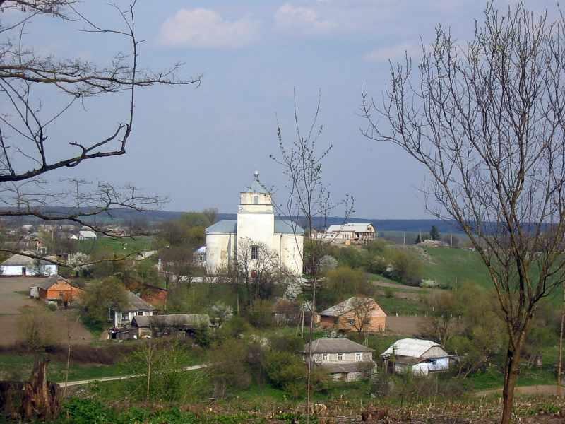 2004 р. Загальний вид села з церквою