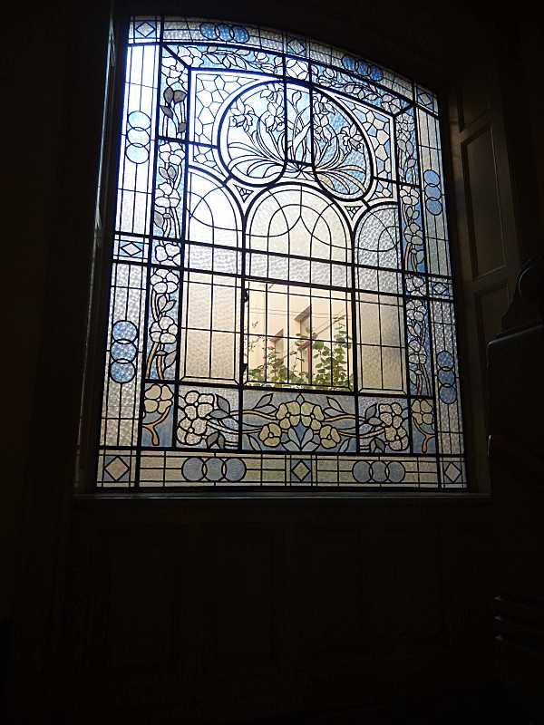 Вікно з вітражем