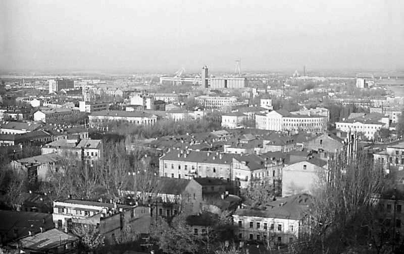 """1975 р. Вид з площадки за """"замком…"""