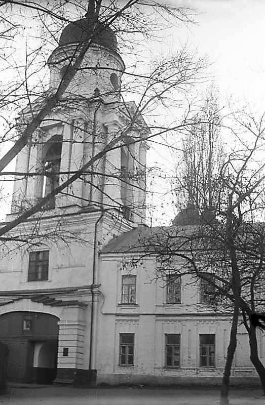 1975 р. Загальний вигляд з боку вулиці, з північного сходу