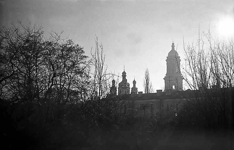 1976 р. Церква всіх святих і велика…