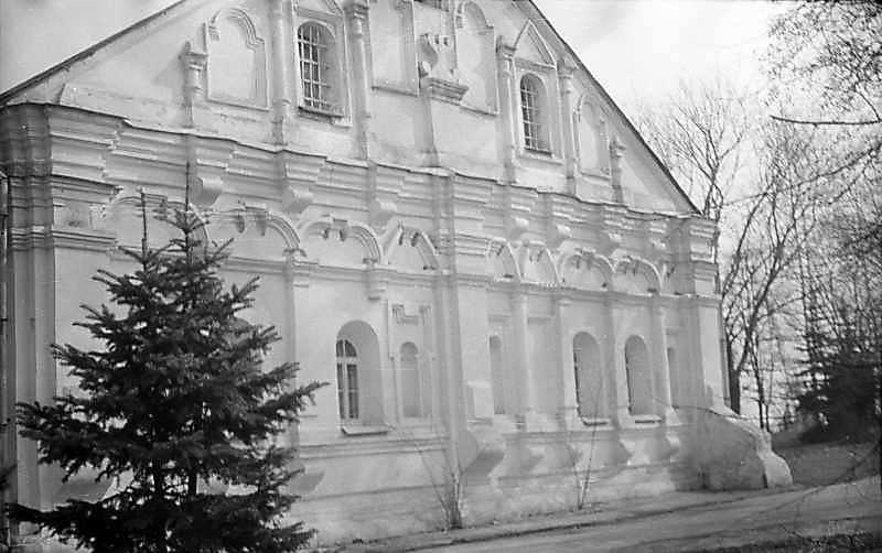 1976 р. Західний фасад. Вигляд з північного заходу