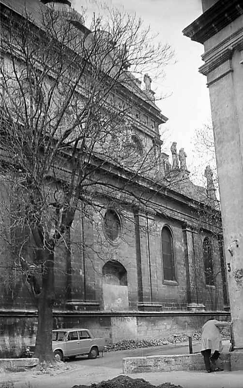 1976 р. Бічний фасад. Вигляд з…